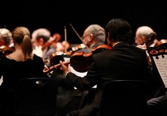 オーケストラに必要な人数は何人?